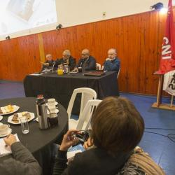 Investigación sobre privatización en Uruguay